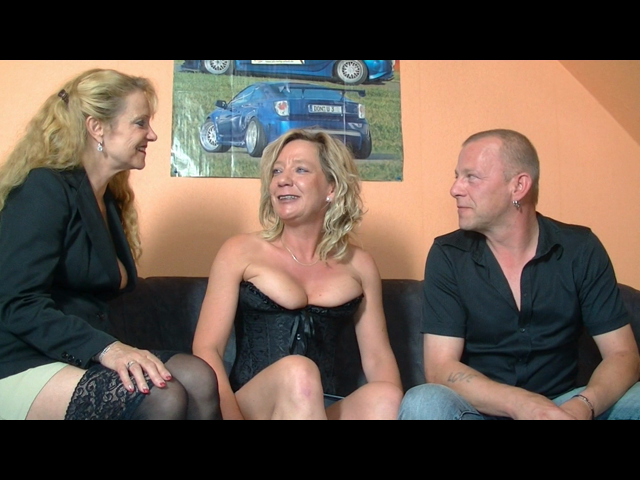 Threesome with Milf and Gilf
