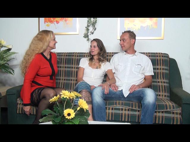 Junges Paar zeigt Einblick in ihr Sexleben